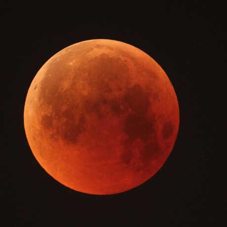 Orange-looking Moon during lunar eclipse