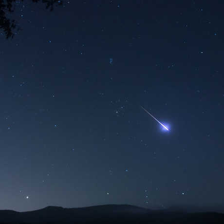Meteor in the night sky