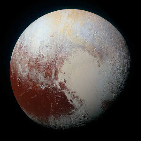 Color variation on Pluto