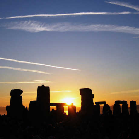 """Photo """"Summer Solstice Sunrise Over Stonehenge,"""" copyright 2005 Andrew Dunn, CC BY-SA 2.0"""