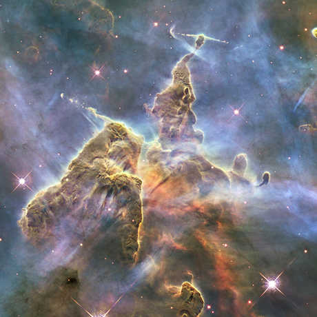 Truth and Beauty in Astronomy Visualization