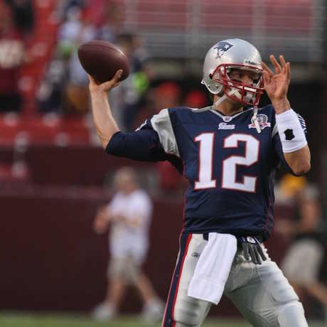Tom Brady passing