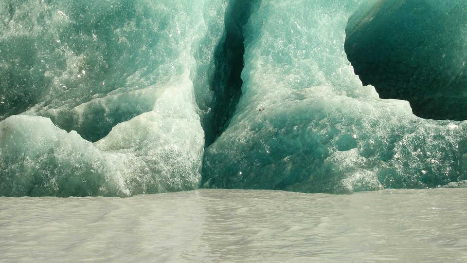 Long View Study No. 43 (Green Icebergs)