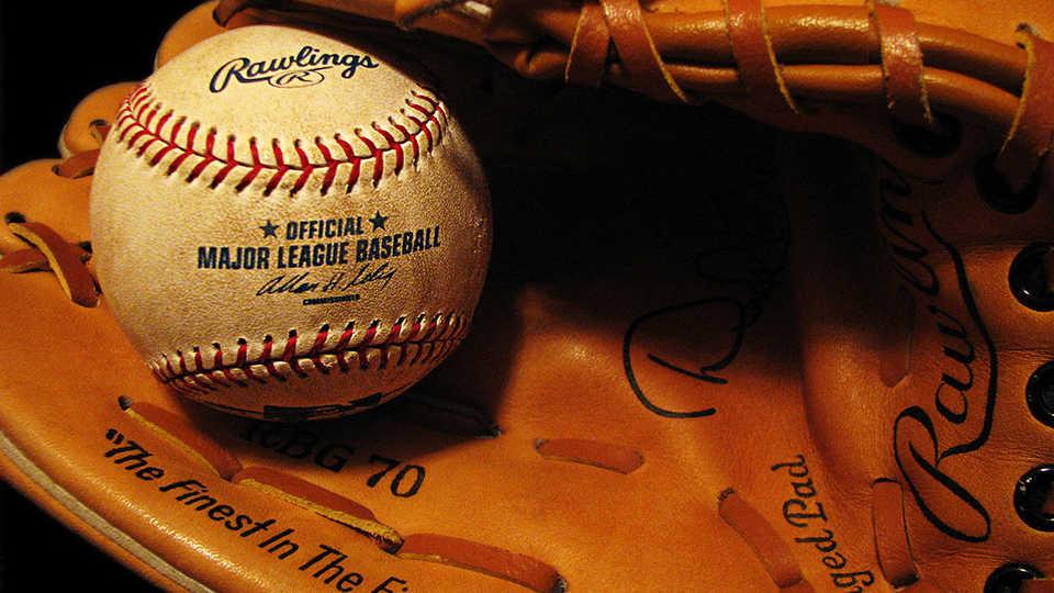 Baseballandglove_SallyCrossthwaite