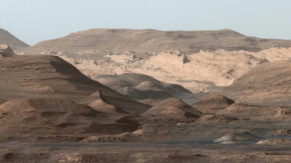 Curiosity's view of Mount Sharp, NASA/JPL-Caltech/MSSS
